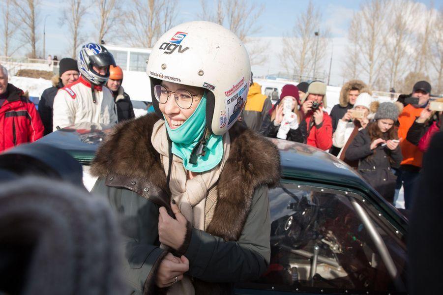 Déplacement le 3 mars 2018 à Samara et à Togliatti, Ksena Sobchak se rend à une course automobile sur glace.