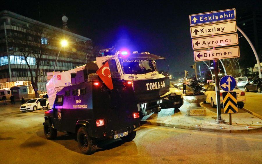 L'ambassadeur Russe En Turquie Abattu En Public 2