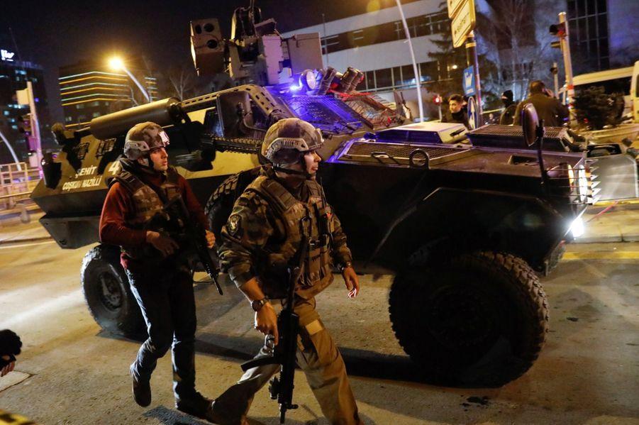 L'ambassadeur Russe En Turquie Abattu En Public 6