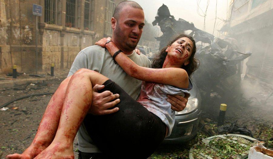 La guerre en Syrie s'exporte au Liban. Dans un violent attentat à la voiture piégée, le général al-Hassan trouve la mort à Beyrouth. Le régime de Bachar Al-Assad est accusé de vouloir provoquer une nouvelle guerre civile au Liban.