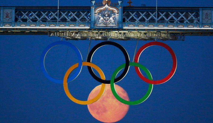 Londres et les Britanniques peuvent être fiers de leurs Jeux olympiques. Pendant deux semaines, les sportifs du monde entier ont brillé de mille feux devant un public conquis.