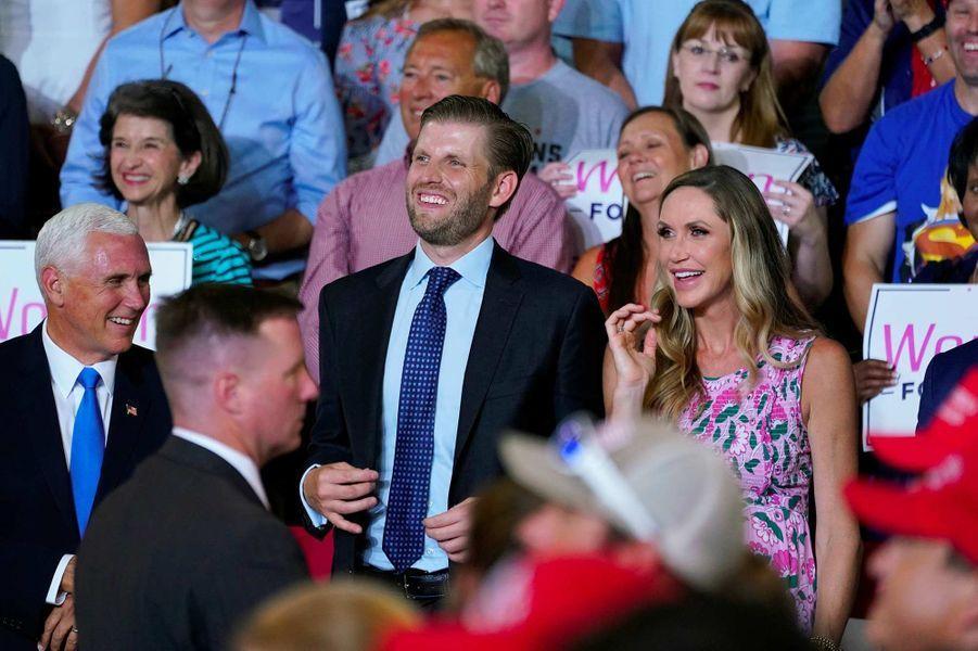 Eric et Lara Trump lors d'un meeting de Donald Trump à Greenville, en Caroline du Nord, le 17 juillet 2019.