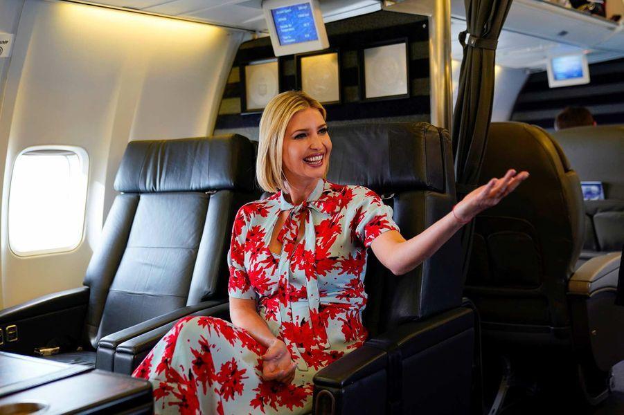 Ivanka Trump dans l'avion entre l'Argentine et le Paraguay, le 5 septembre 2019.