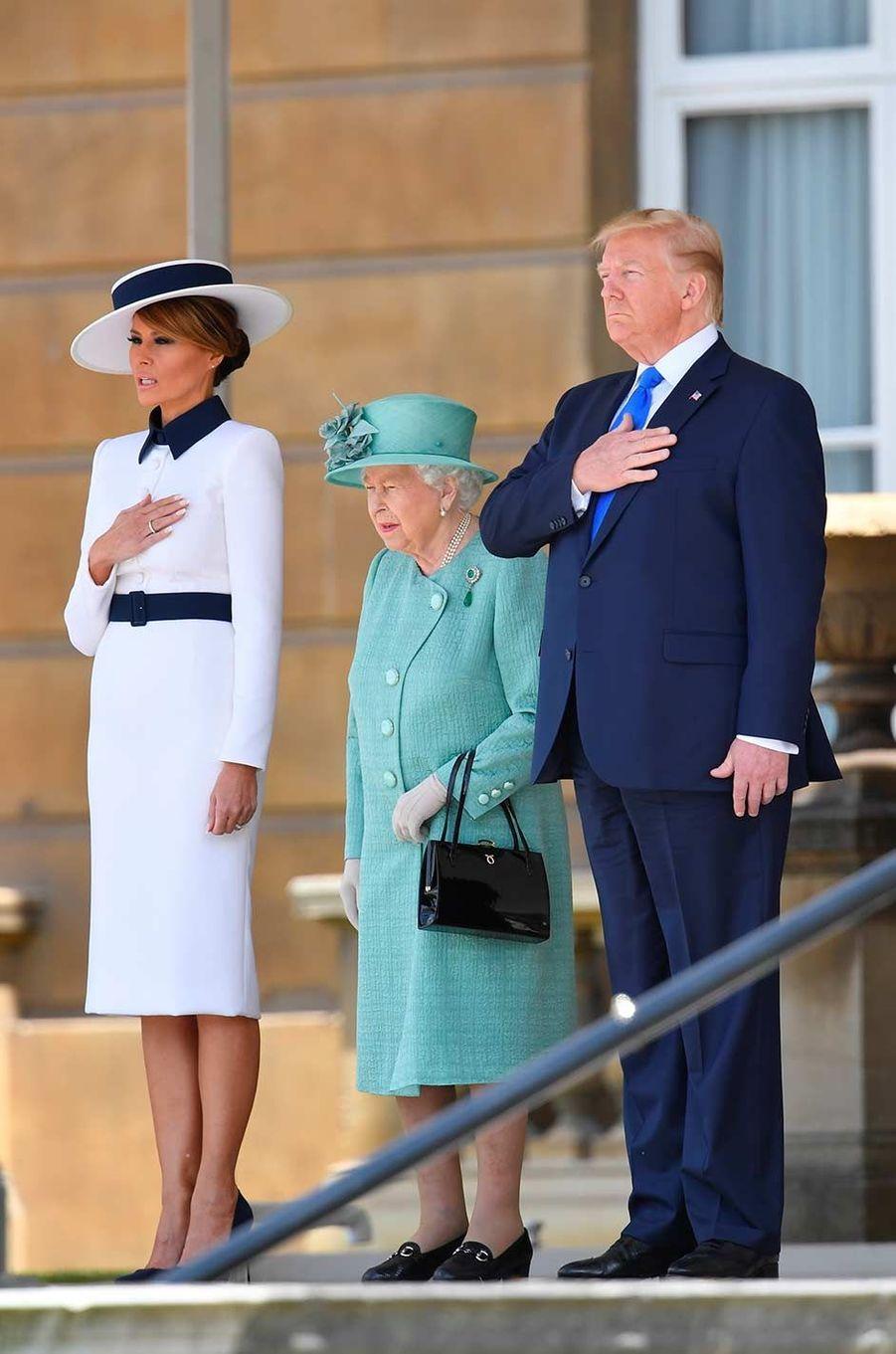 Donald et Melania Trump avec la reine Elizabeth II à Buckingham Palace, le 3 juin 2019.