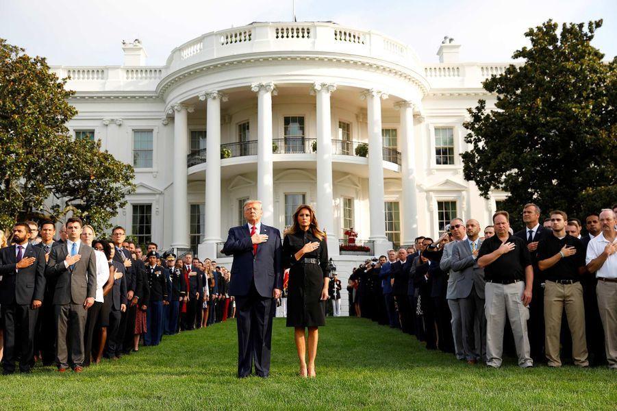 Donald et Melania Trump lors de la minute de silence pour marquer le 18ème anniversaire des attentats, le 11 septembre 2019.