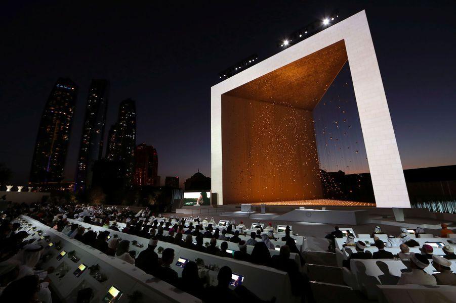 Le pape François participe à un rassemblement interreligieux à Abou Dhabi, lundi.