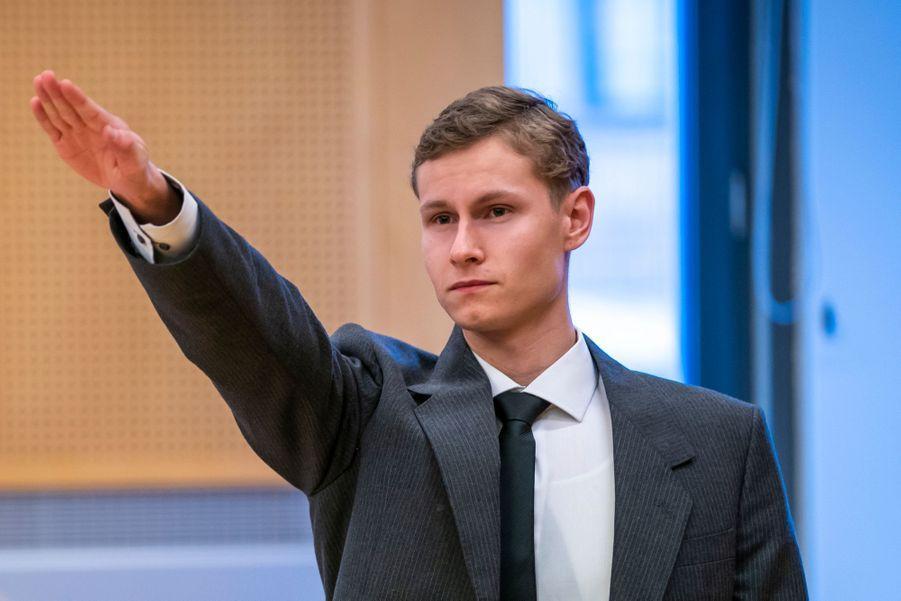 Philip Manshaus, le 7 octobre 2020,avait effectué un salut nazi lors d'une audience au tribunal.