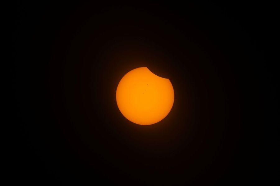 Une photographie de l'éclipse solaire prise à Depoe Bay, dans l'Oregon. Cet Etat du nord-ouest des Etats-Unis était aux premières loges.
