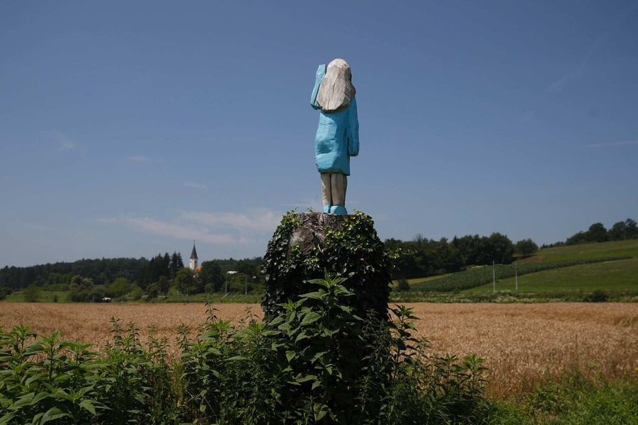 La statue représentant Melania Trump à Sevnica, en Slovénie.