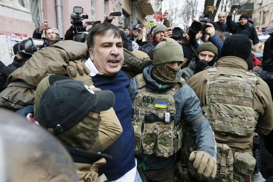 L'ex-président géorgien MikhaïlSaakachvili a été arrêté à Kiev, le 5 décembre 2017.