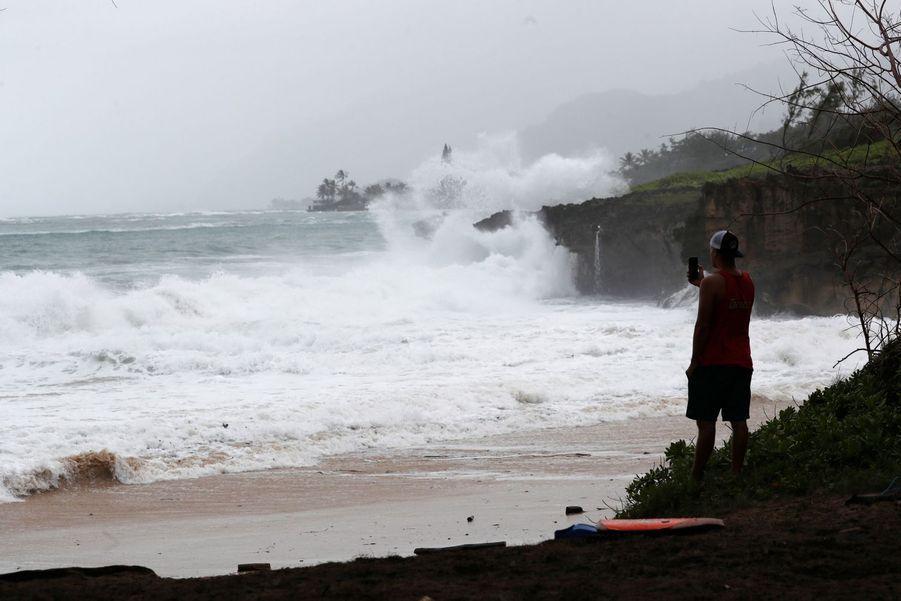 La plage dePounder à Laie quelques heures avant le passage de l'ouragan.