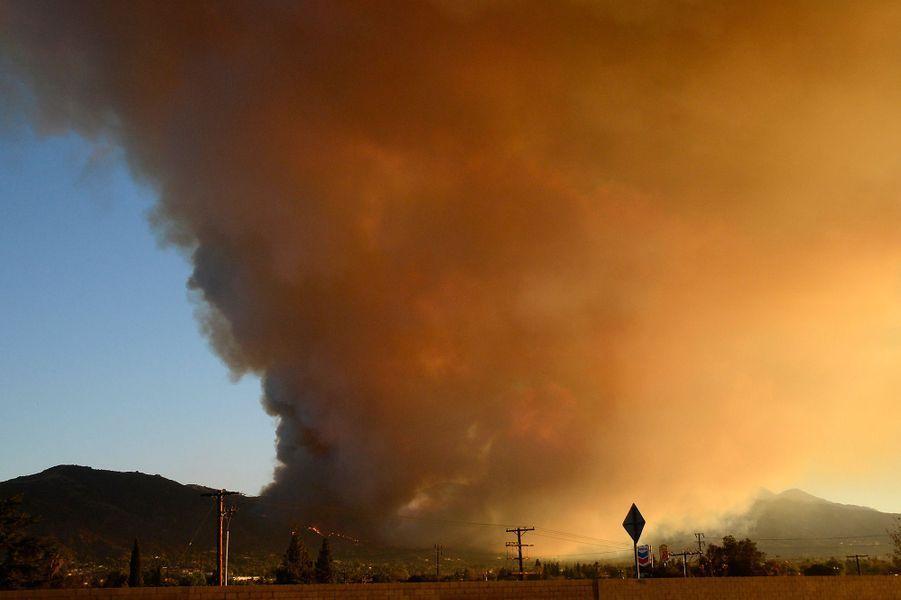 La Californie prisonnière des flammes