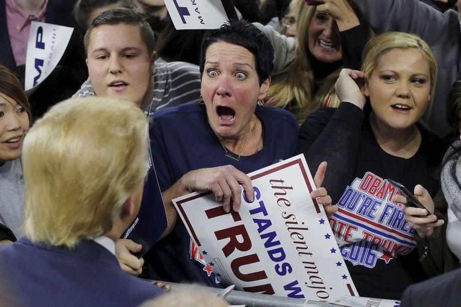 Une supportrice ravie de voir Donald Trump lors d'un meeting àLowell, le 4 janvier 2016.