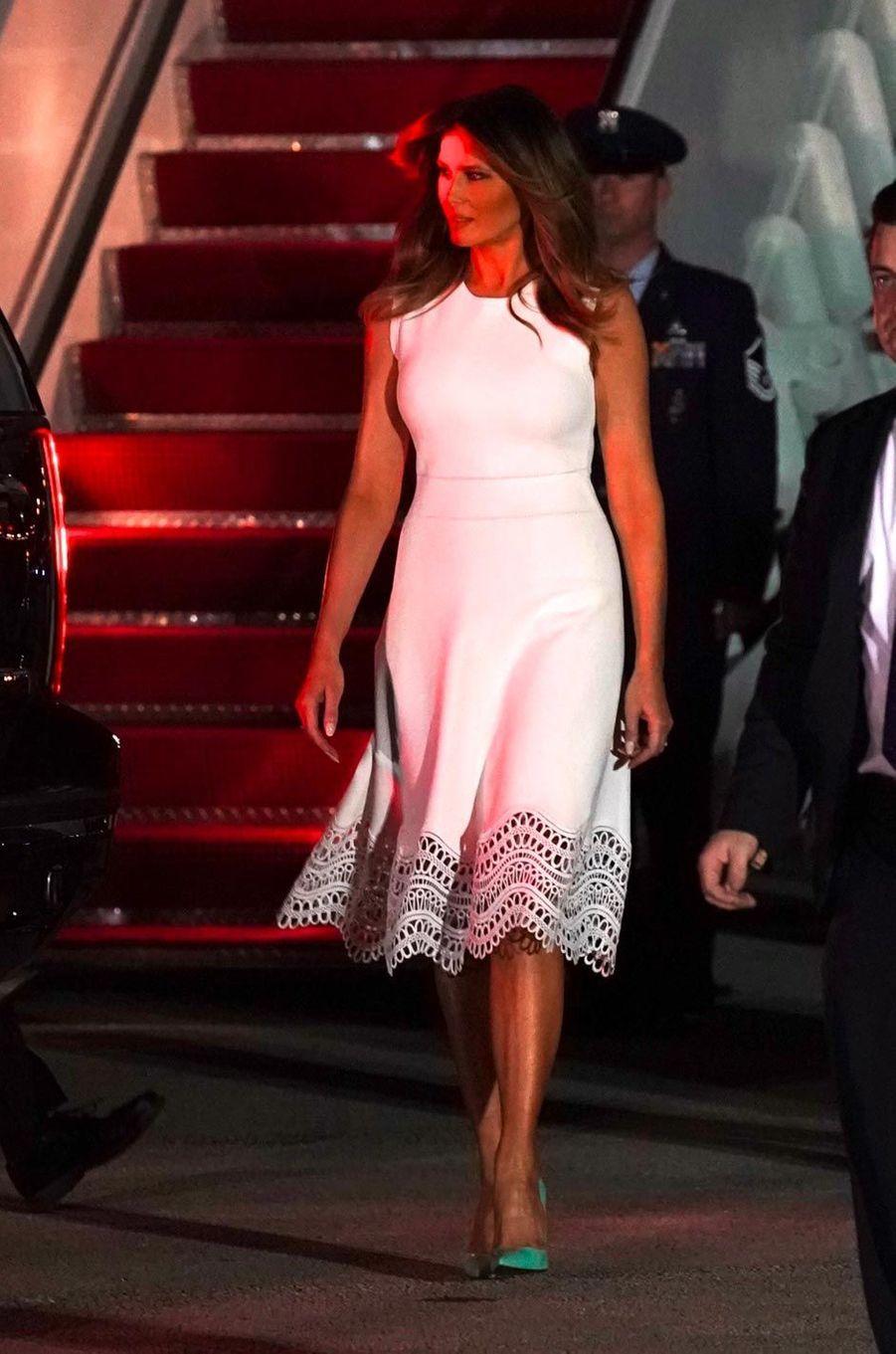Melania Trump descendant d'Air Force One, le 20 novembre 2018.