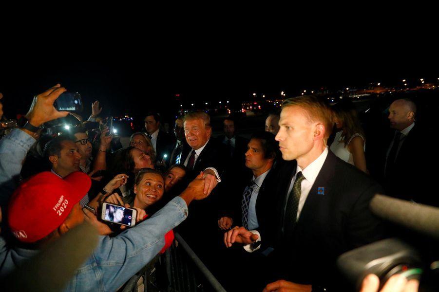 Donald Trump à l'aéroport de Palm Beach, le 20 novembre 2018.