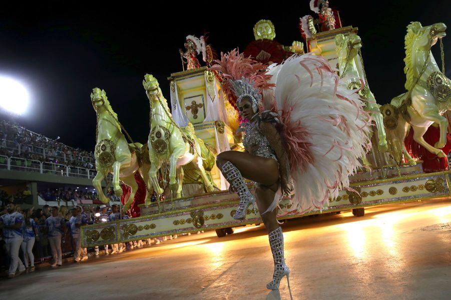 Le carnaval de Rio a pris fin dans la nuit de lundi à mardi.