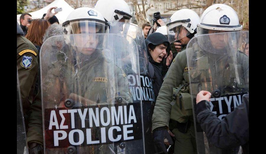 La police ne chôme pas, face aux différents mouvement de protestation.