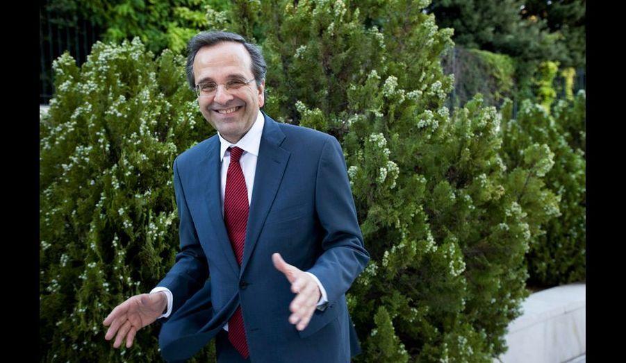 Antonis Samaras, le nouveau chef de gouvernement issu de la droite, cherche à obtenir de nouveaux délais de l'Union européenne. En vain pour l'instant.