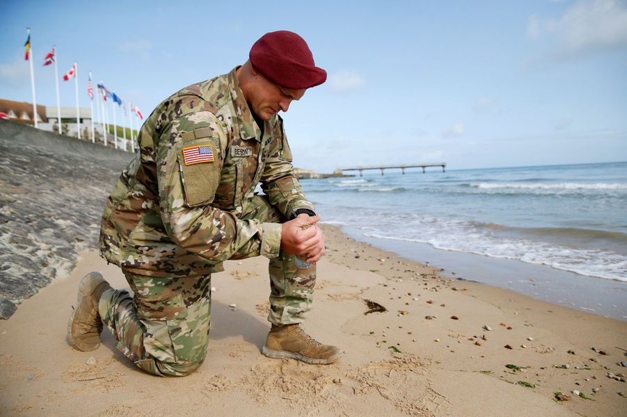 Un soldat américain àVierville-sur-Mer, le 3 juin 2019.