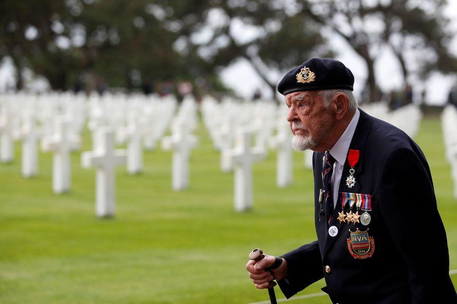 """Richard Llewellyn,vétéran du """"D-Day"""", à Colleville-sur-Mer, le 4 juin 2019."""