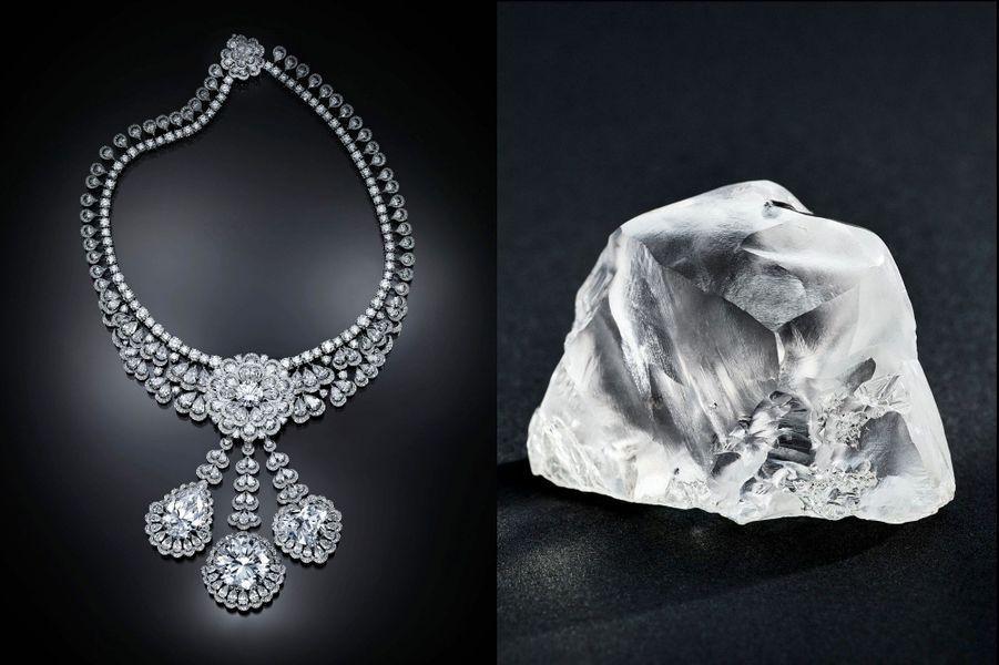Pièce maîtresse de la collection, un collier à trois pendants ornés des trois plus gros diamants : le brillant de 50 carats, le cœur de 26 carats et la poire de 25 carats.Près de trois mille cinq cents heures de travail ont métamorphosé cette pierre en une étincelante dentelle.