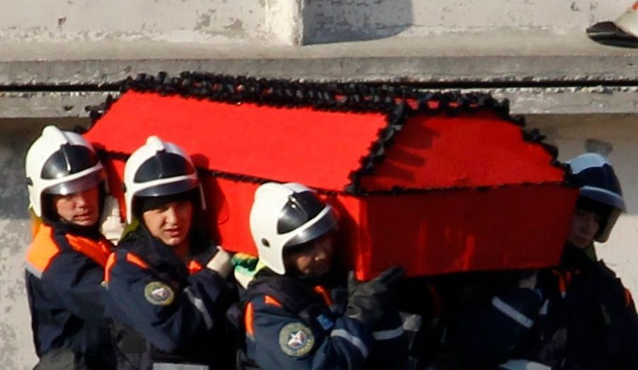 Cercueil porté