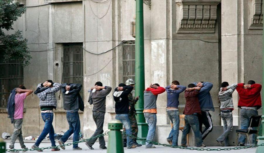 Pro-Moubarak arrêtés