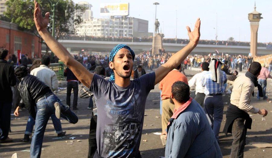 Un manifestant au Caire