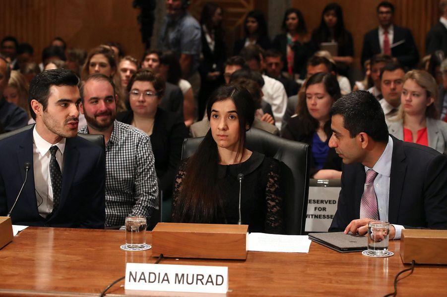 Nadia Murad s'exprime devant le Sénat américain à Washington, en juin 2016.