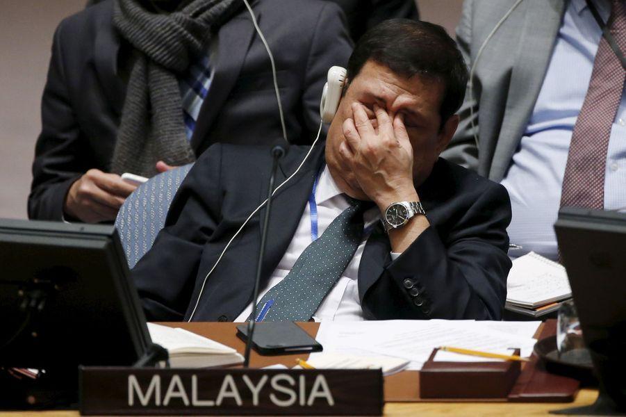 L'émotion du représentant de la MalaisieDato Ramlan Ibrahim en écoutantNadia Murad s'exprimer devant les Nations unies à New York, en décembre 2015.