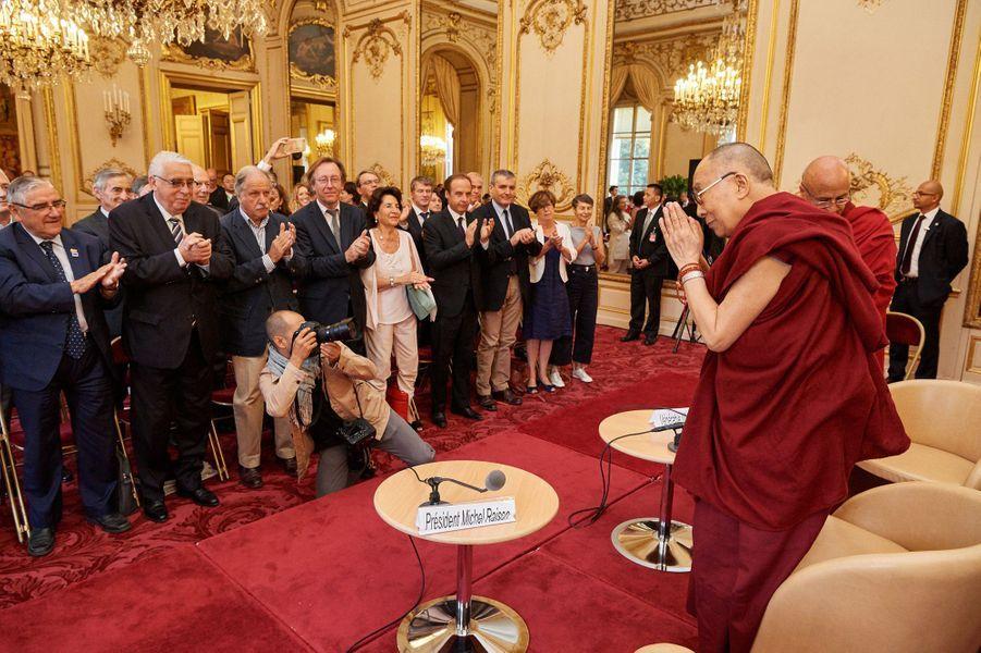 Rencontre au Sénat avec le groupe d'information internationale sur le Tibet du Sénat.