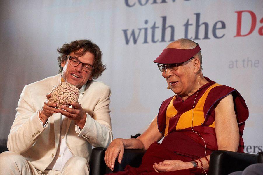 Steven Laureys et le Dalaï-lama, Université de Strasbourg.