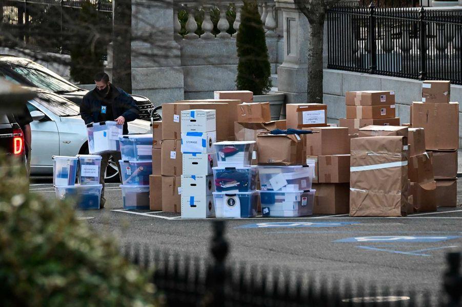 Le déménagement a commencé à la Maison-Blanche, le 14 janvier 2021.