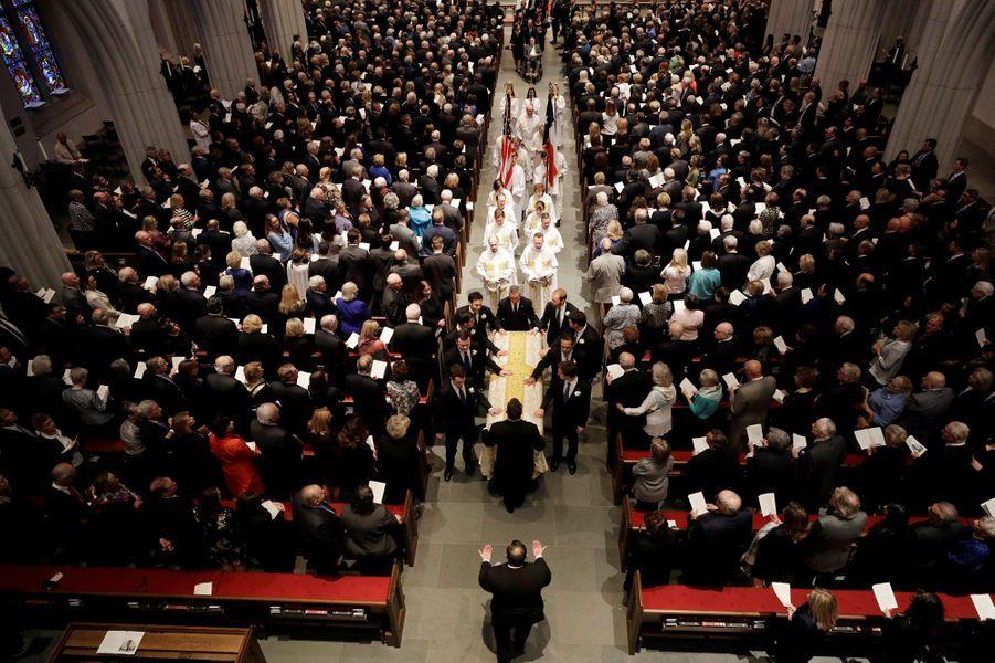 Aux funérailles de Barbara Bush