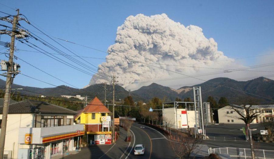 La ville de Takaharu a dû être évacuée d'urgence.
