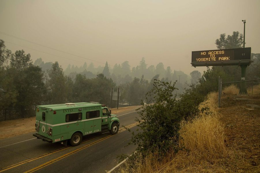 Les flammes ravagent la Californie.