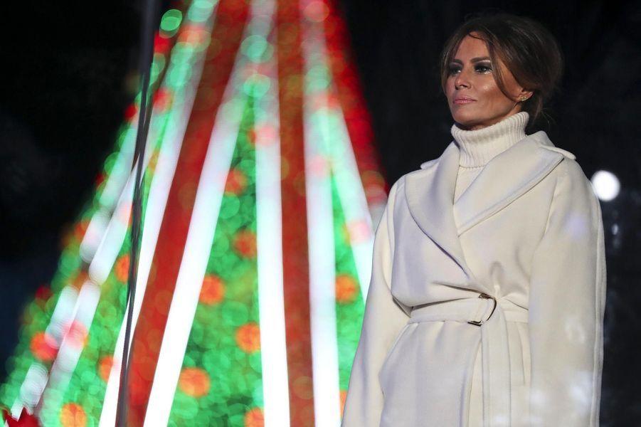 La famille Trump réunie à la Maison-Blanche pour l'inauguration du sapin de Noël, le 28 novembre 2018.