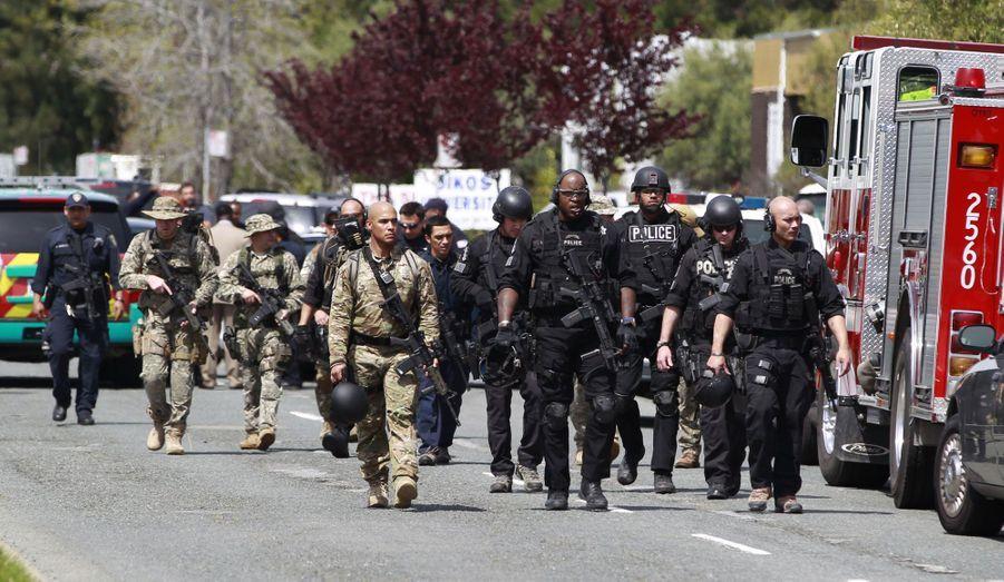 En avril 2012, un Coréen de 43 ans, One L. Goh, a tué sept personnes et blessé trois autres à l'université religieuse d'Oikos, en Californie, avant de se rentre à la police. Pour abattre ses victimes, il les avait méthodiquement alignées contre un mur.