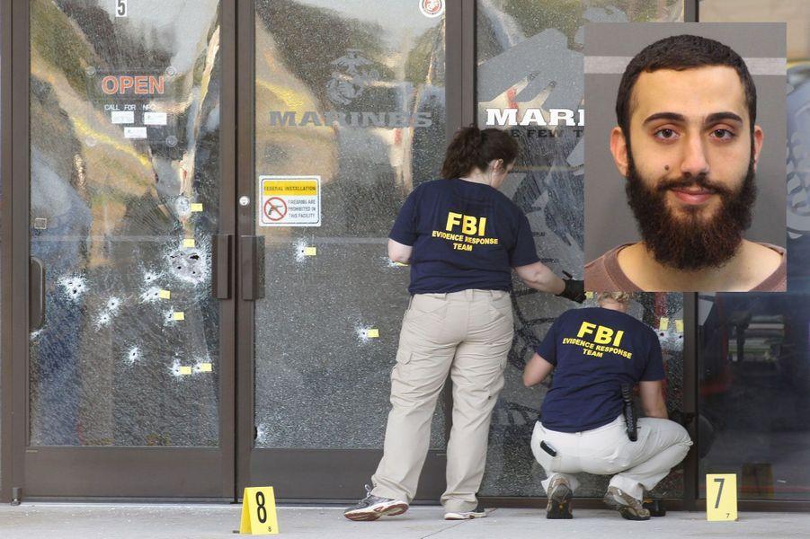 Mohammad Youssef Abdulazeez, un Américano-Jordanien natif du Koweit, âgé de 24 ans au parcours estudiantin sans faute, a tué quatre Marines en juillet 2015 dans le Tennessee. Les causes de la tuerie restent encore floues même si, Mohammad Youssef Abdulazeez, qui s'était laissé pousser la barbe récemment, avait ouvert unblogdans lequel il n'avait publié que deux textes sous le pseudonyme Myabdulazeez, trois jours avant la fusillade. Il avait notamment écrit que «la vie est courte et amère», citant un hadithdisant: «Le monde est une prison pour le croyant et un paradis pour l'incroyant». Dans un post intitulé «Comprendre l'Islam: l'histoire des trois hommes aveugles», il estimait en outre que les musulmans ne devaient «pas laisser passer l'occasion de se soumettre à Allah». D'après un autre entraîneur, Mohammod Youssuf Abdulazeez était retourné un certain temps au Moyen-Orient.