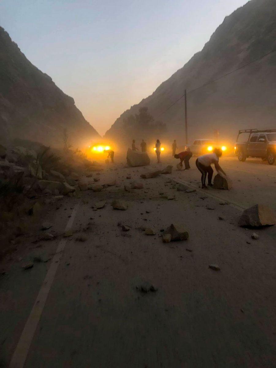 Un éboulement causé par le séisme dans le comté de Kern, en Californie, sur une photo publiée sur les réseaux sociaux.