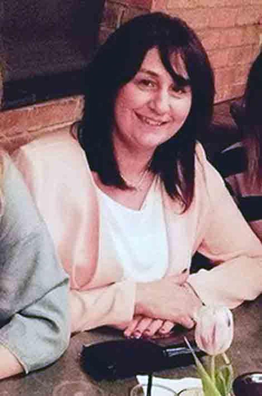 Sur cette photo Facebook, Sue Davey, 42 ans, tuée dans l'attaque avec son compagnon.