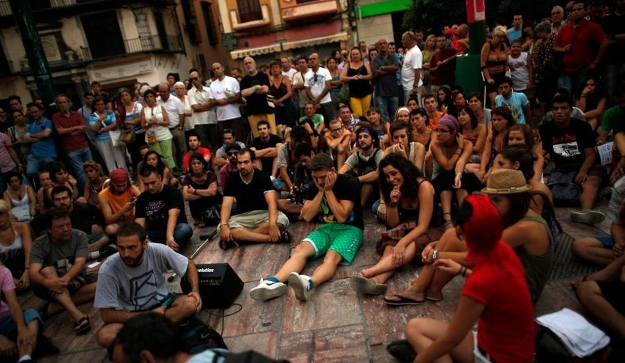 Le mouvement des indignés s'est joint au mouvement, suivi aussi dans des villes moyennes comme Malaga ici.