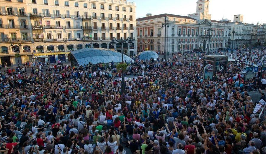 La Puerta del Sol à Madrid, rendue célèbre en mai dernier par le mouvement des indignés, a été investie par les manifestants.