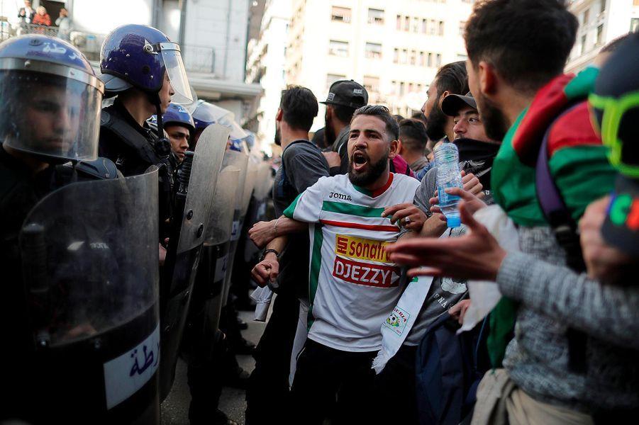 Manifestation à Alger, en Algérie, le 5 mars 2019.