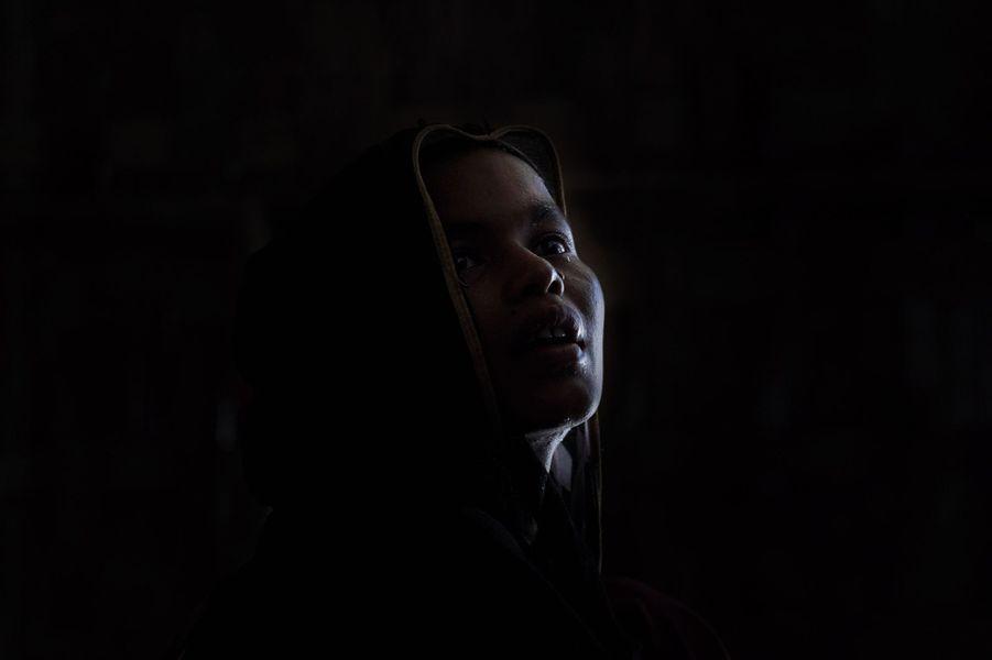 Nour Begam, 20 ans, violée et seule survivante de sa famille. Un remariage ne l'a pas mise à l'abri de la stigmatisation.