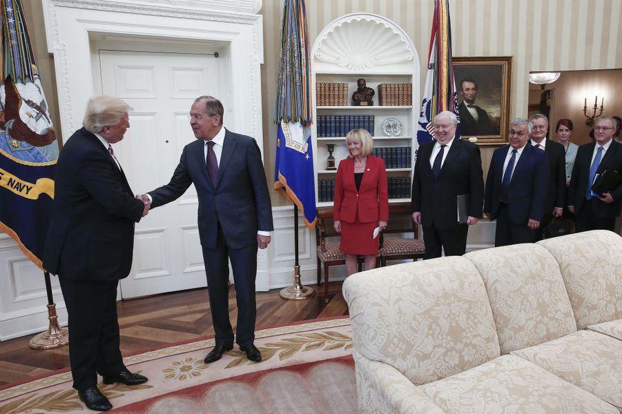 Donald Trump et Sergueï Lavrov dans le Bureau ovale, le 10 mai 2017.