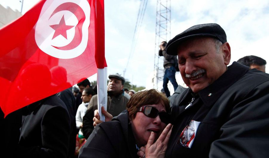 Les Tunisiens sont partagés entre tristesse, inquiétude...