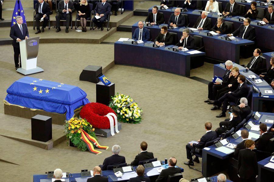 Discours d'Antonio Tajani lors de l'hommage rendu à l'ancien chancelier allemand Helmut Kohl dans l'hémicycle du Parlement européen à Strasbourg.