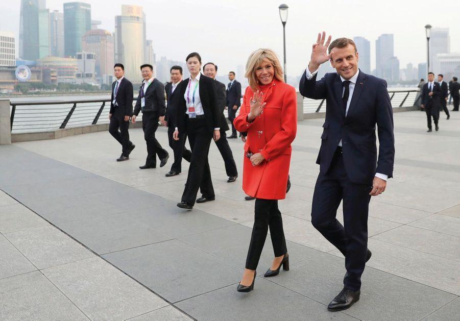 Premiers pas à Shanghai : sur le Bund au bord du fleuve Huangpu, lundi 4 novembre