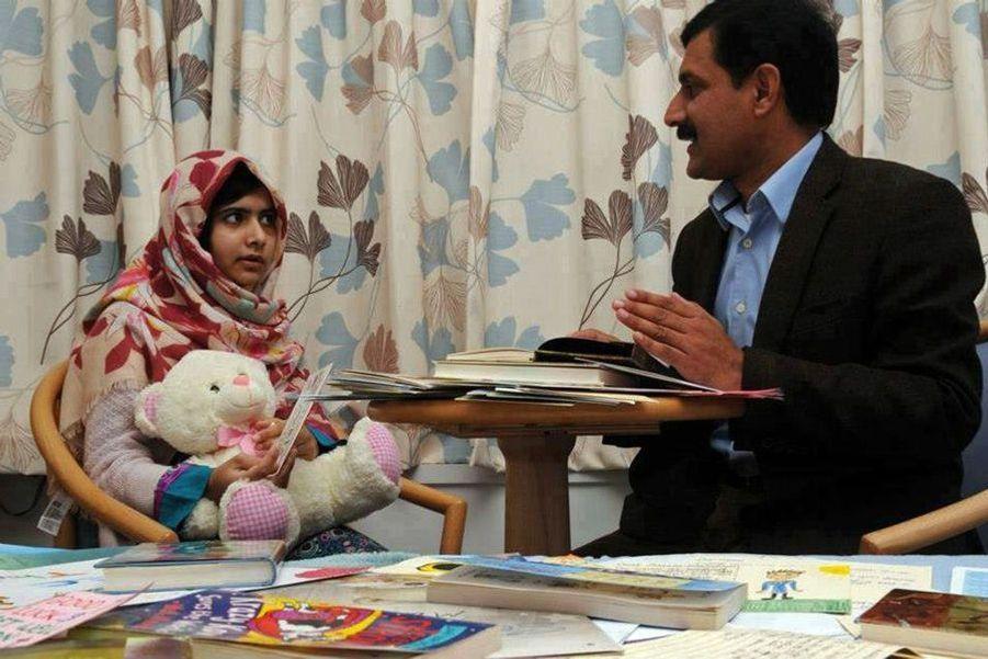 Malala à l'hôpital de Birmingham, le 9 novembre 2012